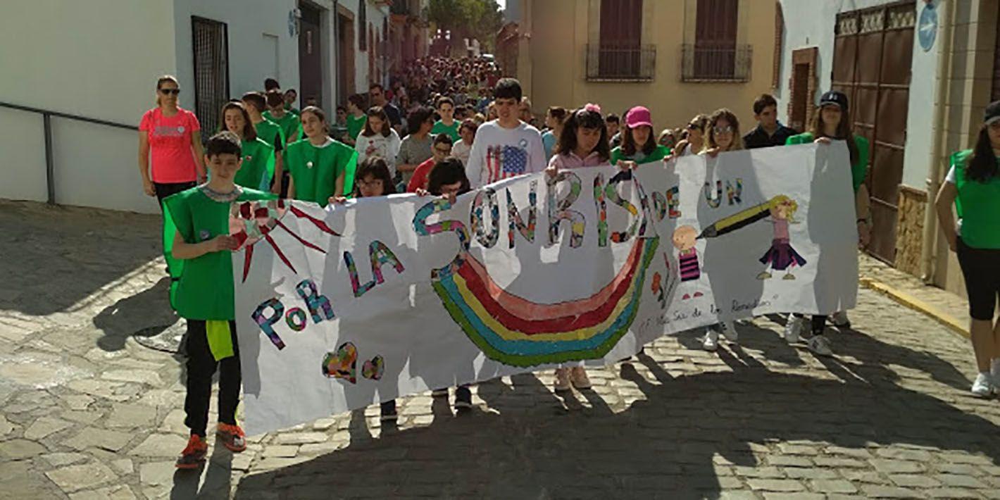 Canena solidaria con APROMPSI