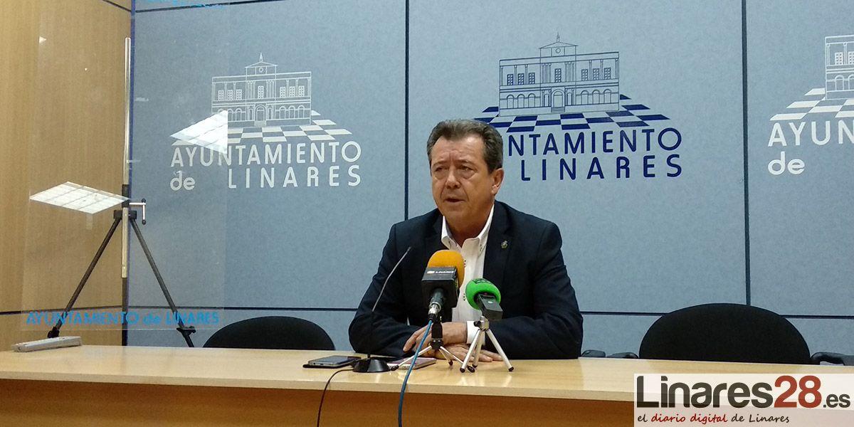 Juan Fernández no se plantea, hoy por hoy, presentarse a la alcaldía por otras vías