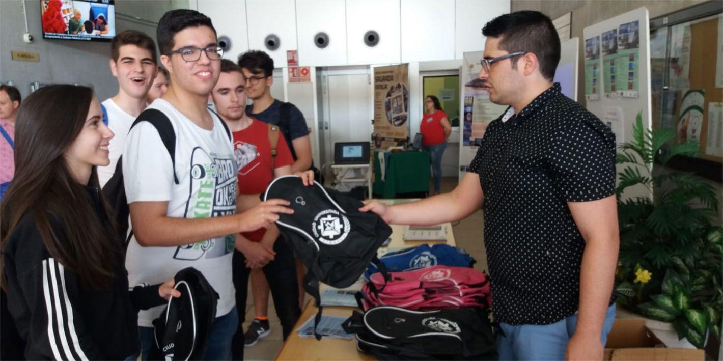 Comienza la campaña 'Linares Ciudad Universitaria'