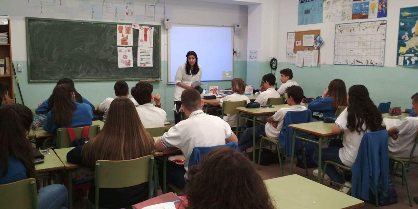Imparten una charla sobre sexualidad a alumnado del Colegio San Joaquín