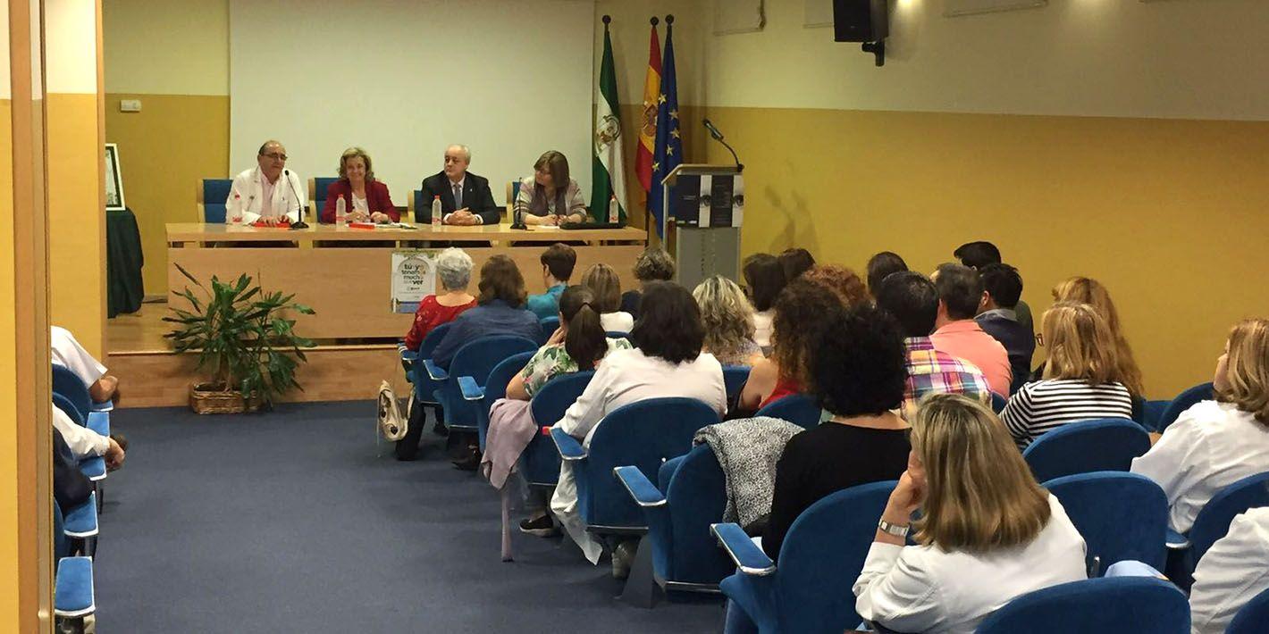 El Hospital de Linares alberga el encuentro 'Afrontando la vida sin visión, Servicios Sociales de la ONCE'