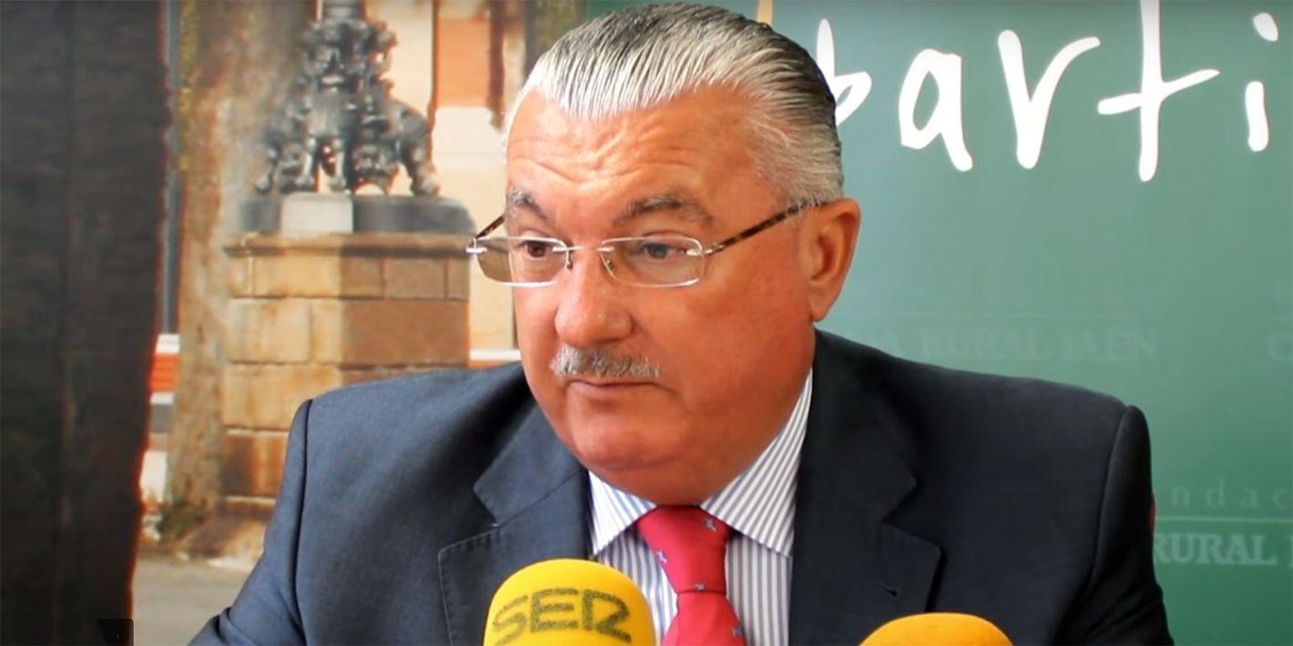 La 'Fundación Caja Rural' y el 'CAB Linares' renuevan el convenio destinado a las categorías inferiores del club