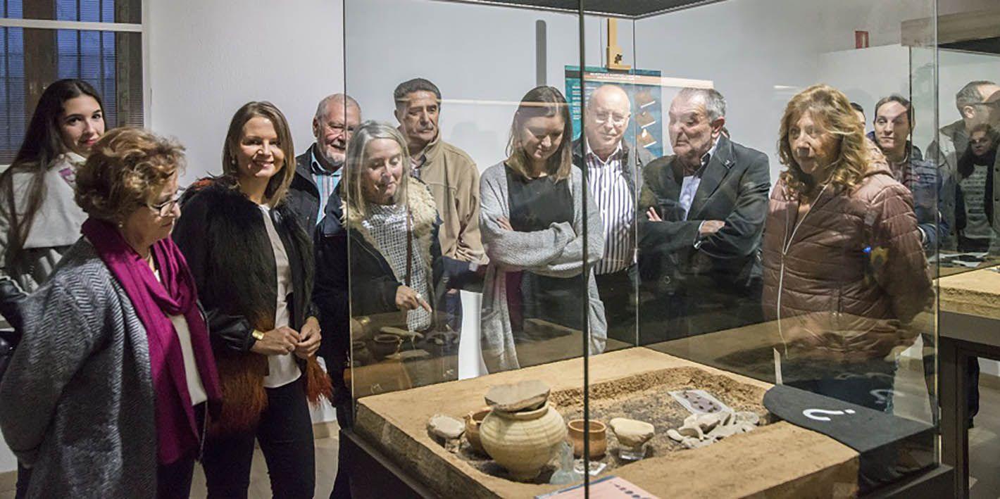 """El Museo Arqueológico inaugura la muestra """"Solo cenizas: cuatro tumbas perdidas"""""""