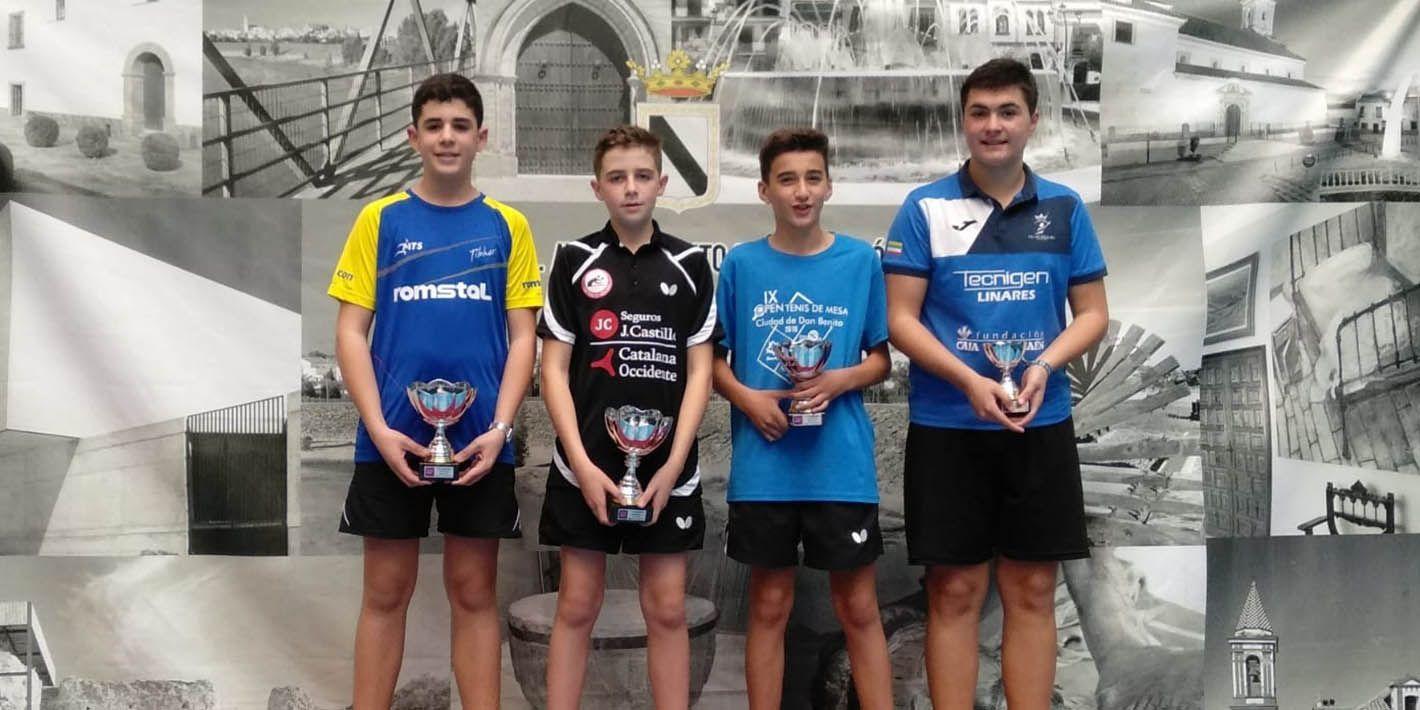 El Real Club Tenis de Mesa de Linares triunfa en el Zona Sur
