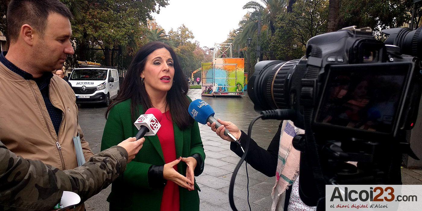 Ángeles Ferriz cierra la campaña del PSOE en Linares