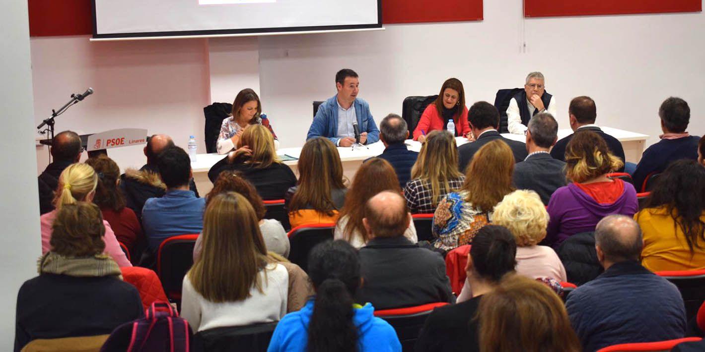 El PSOE de Linares organiza un encuentro con docentes y AMPAS de Linares