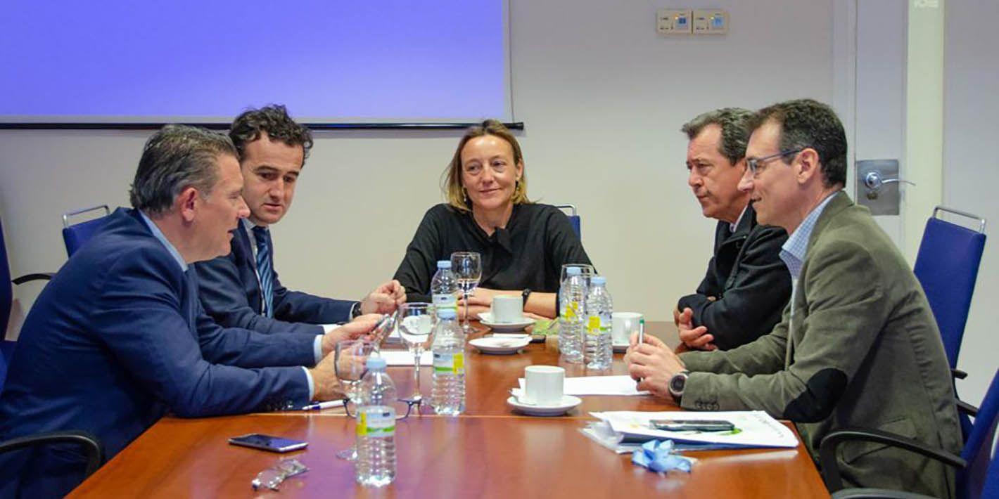 Linares renueva con la EOI su colaboración para apoyar el emprendimiento y el empleo joven
