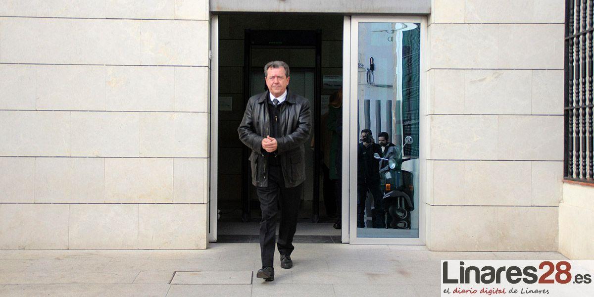 VÍDEO | Juan Fernández declara en los Juzgados de Linares