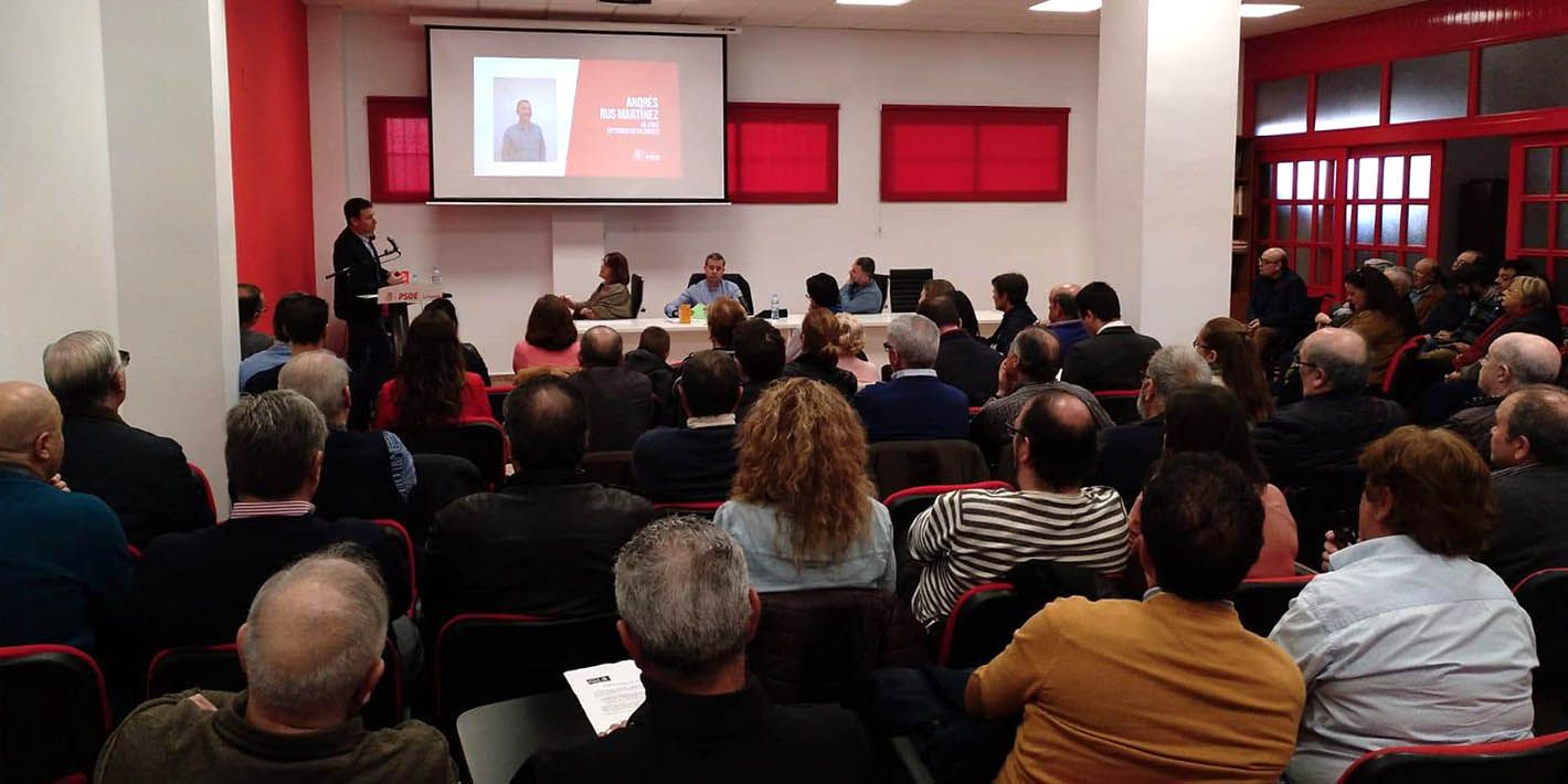 El PSOE de Linares aprueba una renovada candidatura