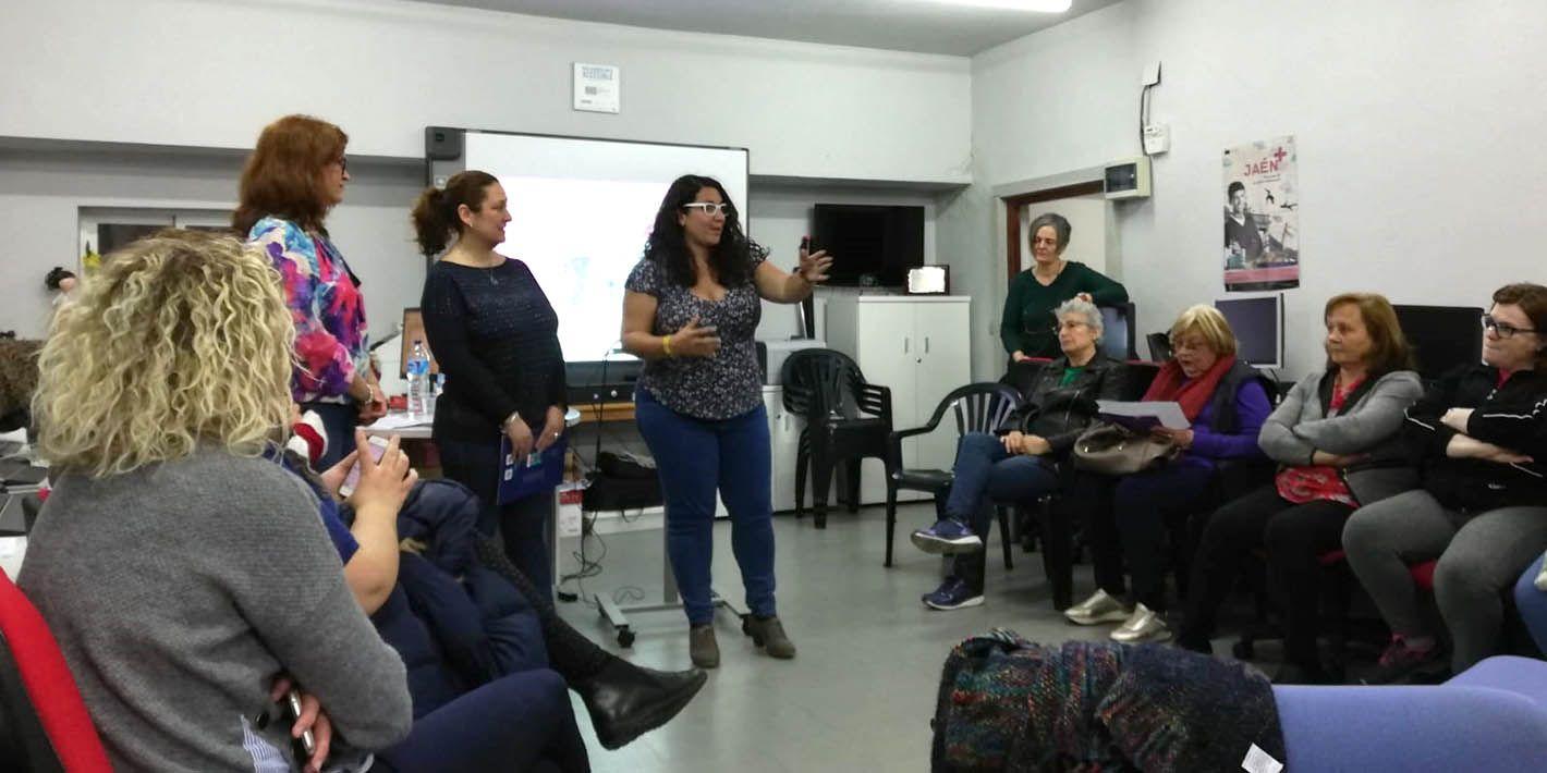 Linares reconoce a mujeres relevantes de su historia