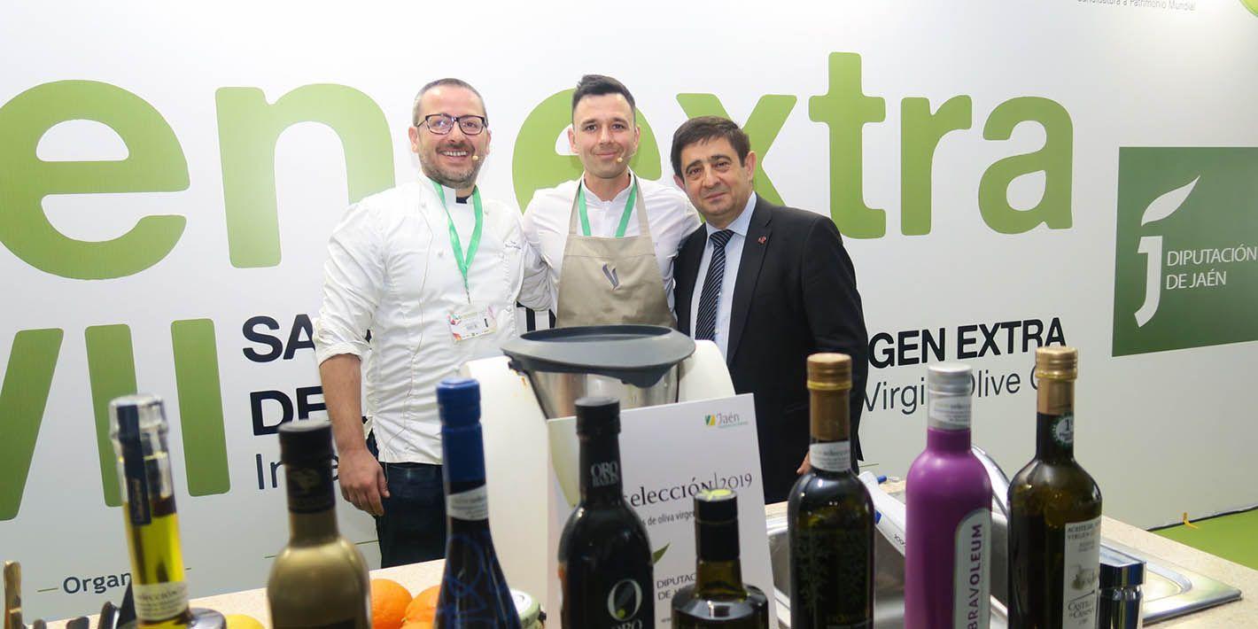 El linarense Álvaro Salaza divulga en Expoliva 2019 el uso del AOVE en la cocina