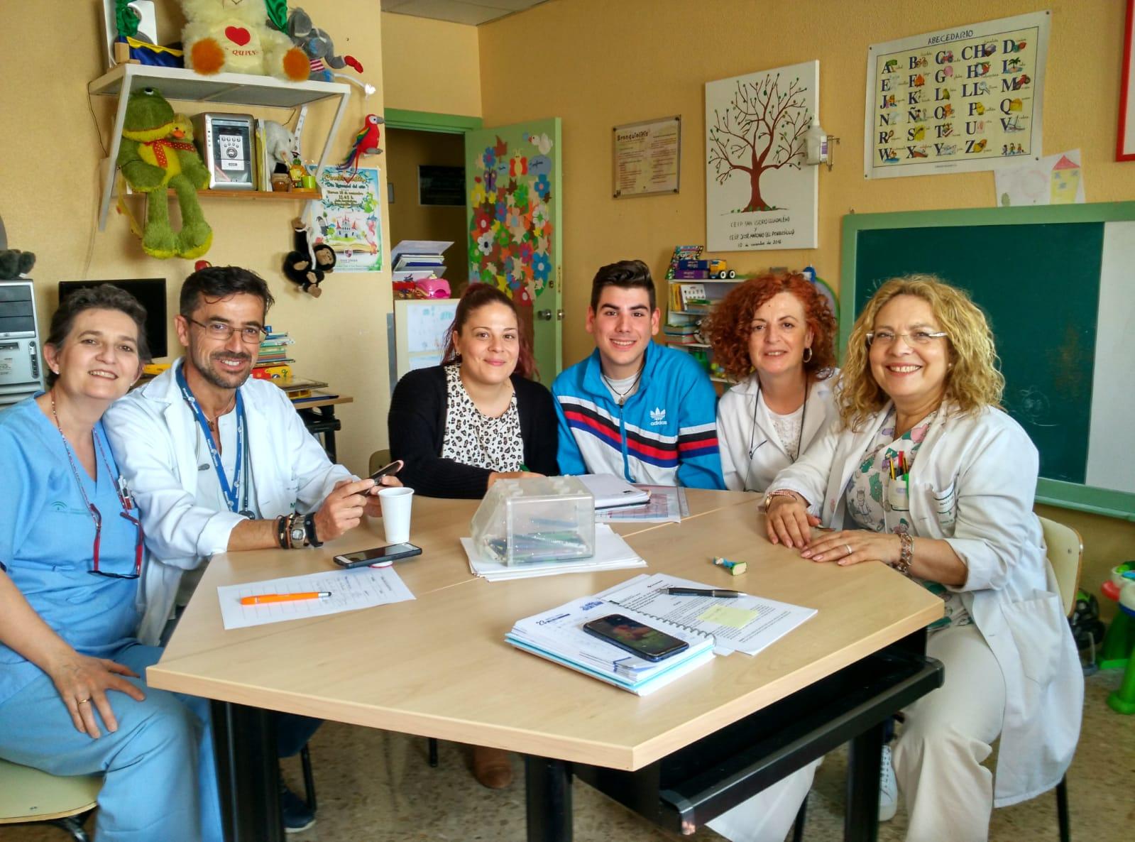 El Hospital de Linares y Cruz Roja firman un acuerdo para el programa Infancia Hospitalizada