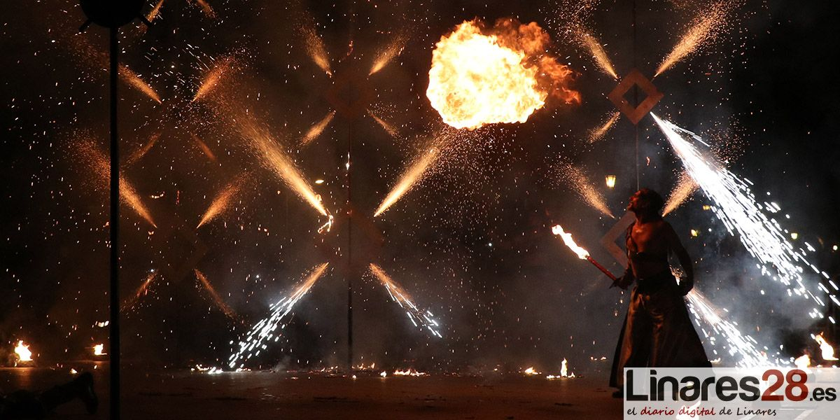 VÍDEO | Fuego para clausurar las Fiestas Íbero Romanas de Cástulo