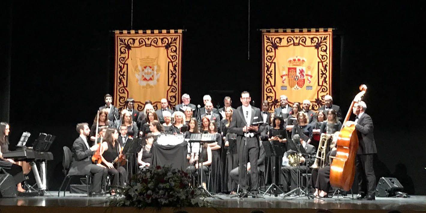 MusicAlma puso música al Pregón de las Fiestas del Voto