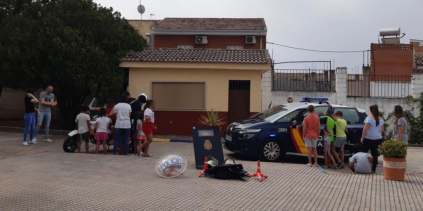 42 menores participan en la Escuela de Verano Municipal que se imparte en el 'Santa Teresa Doctora'