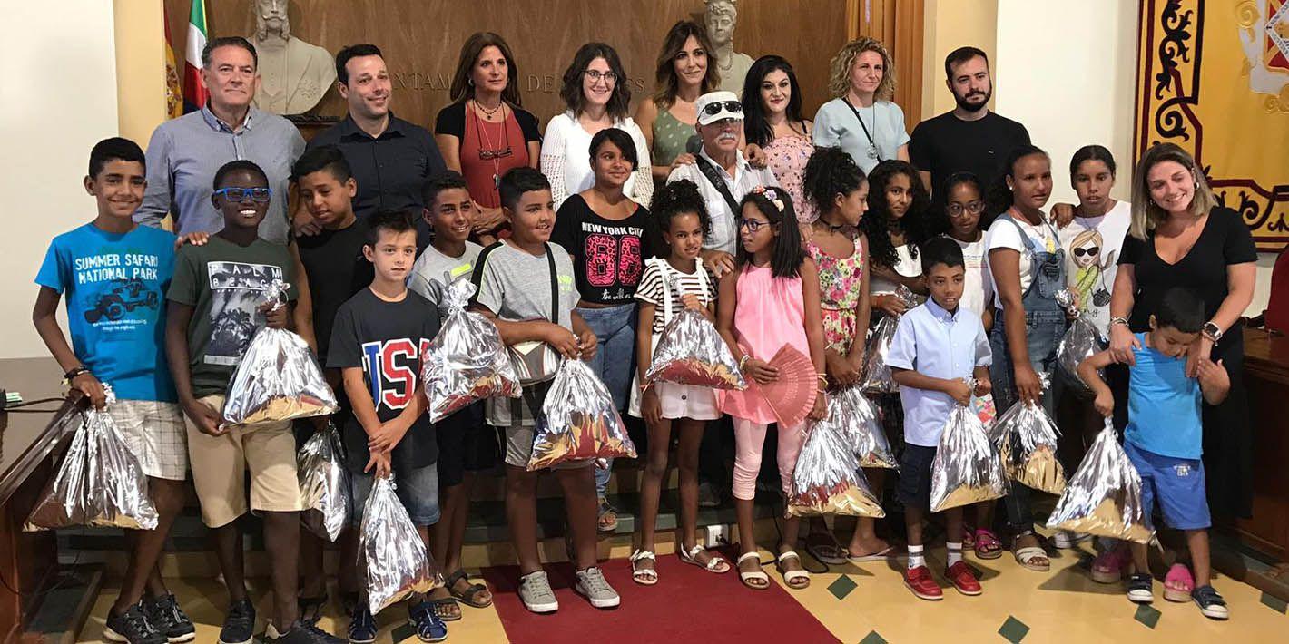 VÍDEO | El Ayuntamiento de Linares recibe a los niños y niñas saharauis