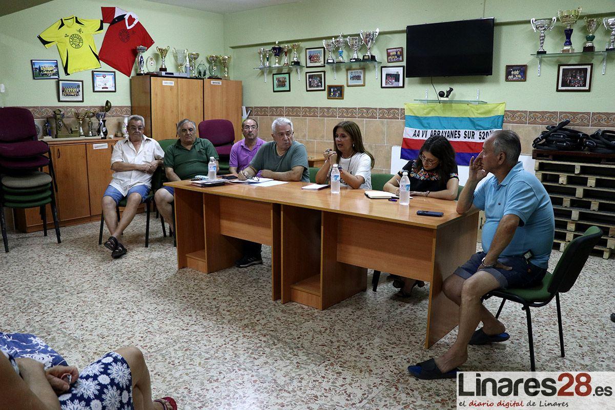 VÍDEO | Los vecinos de las 520 vivendas de Arrayannes piden más mantenimiento y seguridad