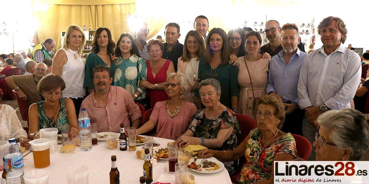 FOTOS Y VÍDEO | Linares rinde homenaje a sus mayores por Feria