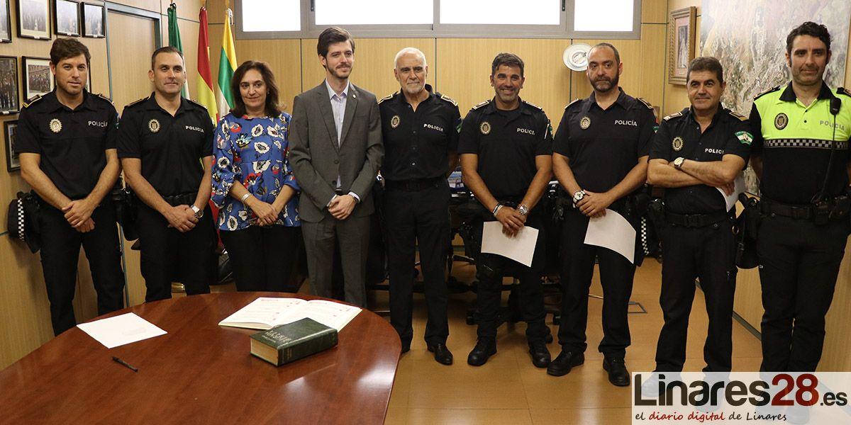 VÍDEO | Cuatro nuevos mandos para la Policía Local en Linares