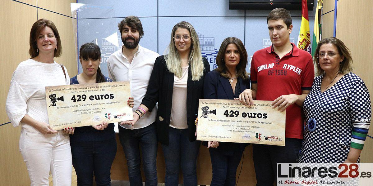 VÍDEO | Juventud entrega más de ochocientos euros a dos asociaciones de autismo de Linares