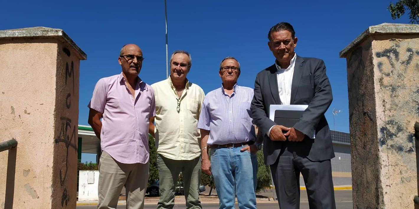 Raúl Caro se reúne con la Asociación de Vecinos de La Malena