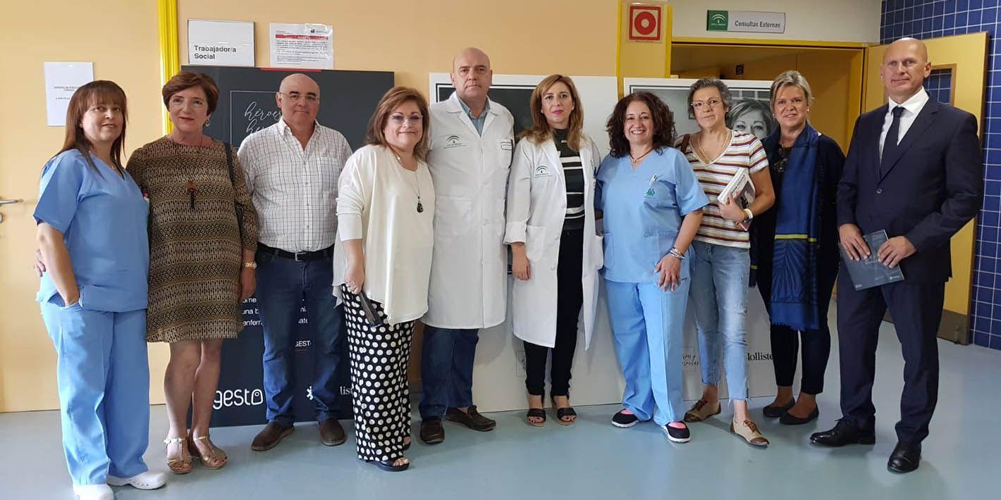 El Hospital de Linares acoge la exposición 'Héroes y Heroínas' sobre pacientes ostomizados