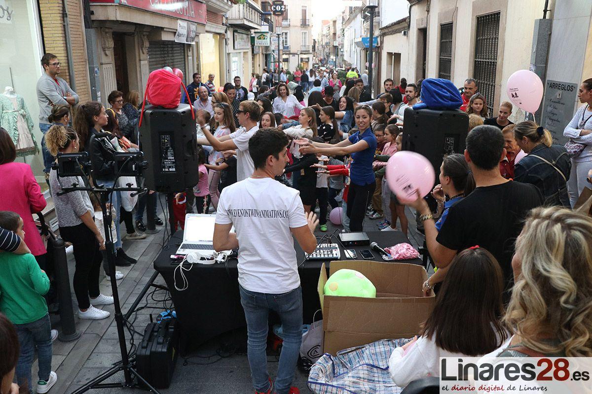 VÍDEO | Continúa la fiesta y las compras con 'DTiendas Linares'