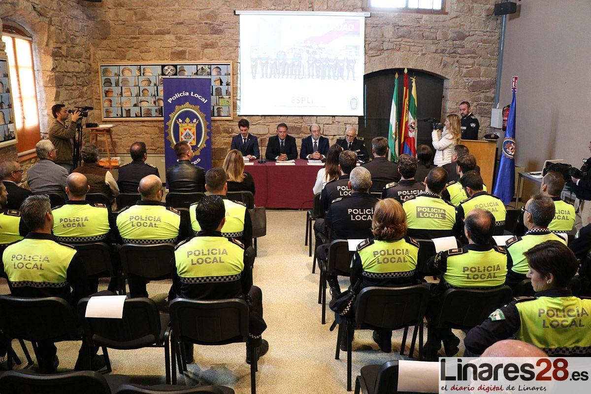Finaliza el primer curso de la Escuela de Seguridad Pública de Linares