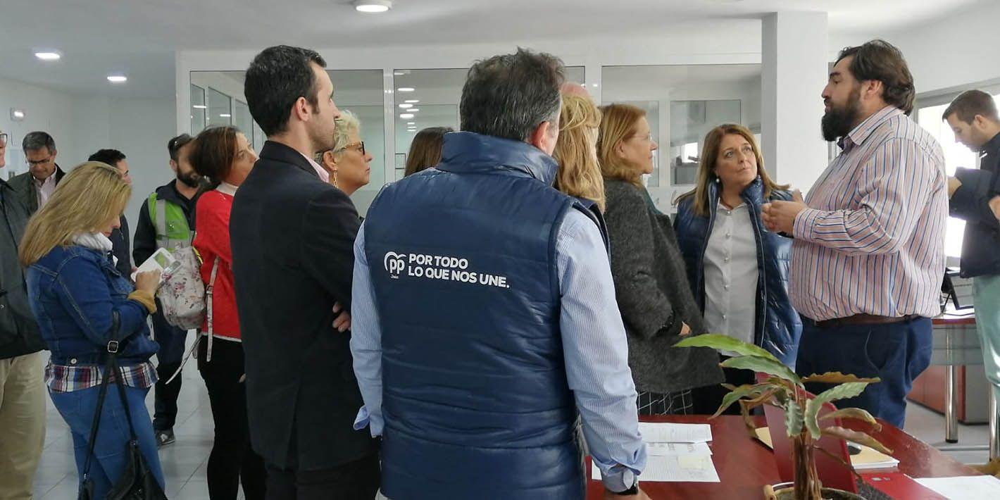 VÍDEO | Candidatos al Congreso y Senado por el Partido Popular visitan la empresa linarense 'Inibé Composites'