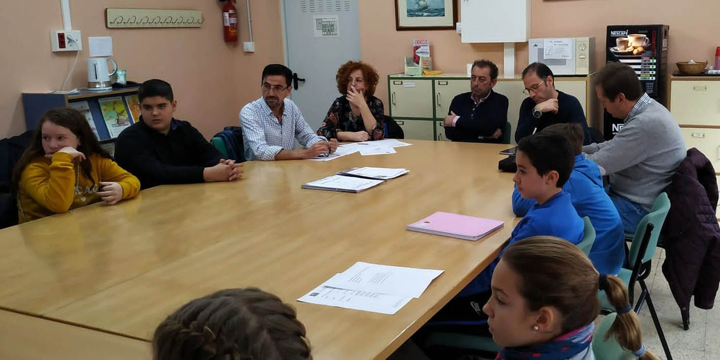 El Hospital 'San Agustín' de Linares reúne la Mesa de Participación Infantil