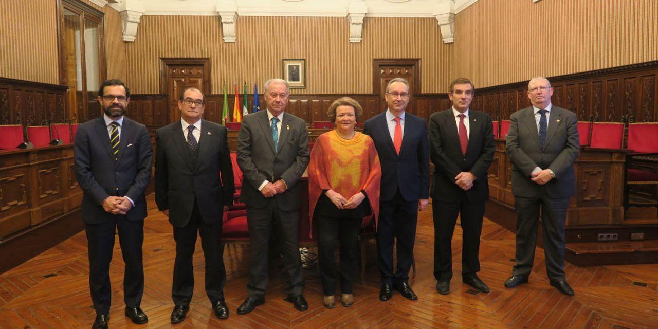 Los presidentes de las Agrupaciones y Consejos de Cofradías de Andalucía visitan el Palacio Provincial de la Diputación