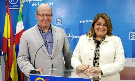 VÍDEO | El PP presenta en Linares las propuestas que formulará en el Senado para mejorar las condiciones del campo