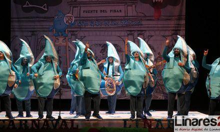 VÍDEO | El Teatro Cervantes se llena de Caranaval con el Concurso de Comparsas y Chirigotas