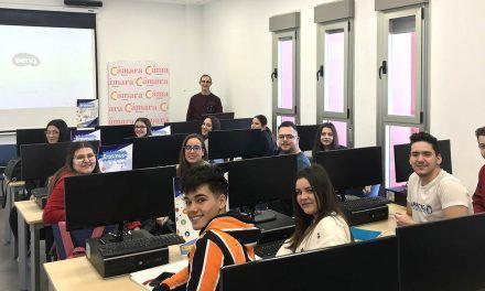 El proyecto Erasmus+ de la Cámara de Linares comienza la formación de los estudiantes seleccionados