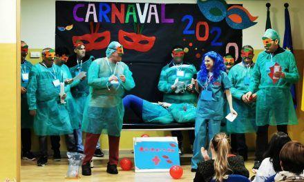 El Hospital de Linares organiza junto a FAISEM y APAEM un concurso de carnaval para pacientes