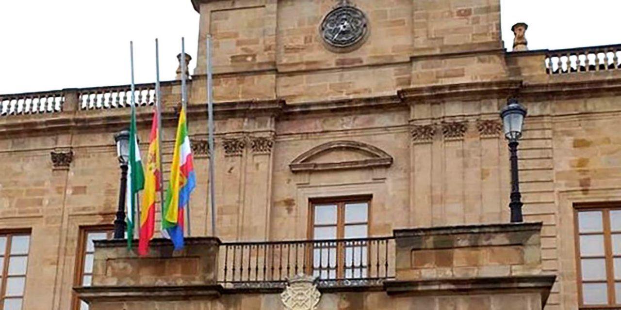 CRISIS CORONAVIRUS | Linares se suma al luto oficial decretado de la Junta de Andalucía