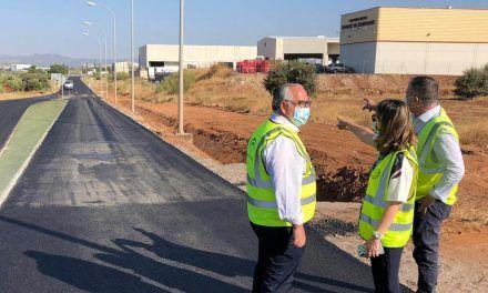 Fomento mejora la seguridad vial del acceso al Polígono del Guadiel