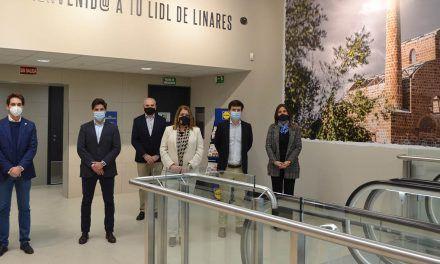 Lidl invierte 2,9M€ en la apertura de su primera tienda en Linares y crea 22 nuevos empleos