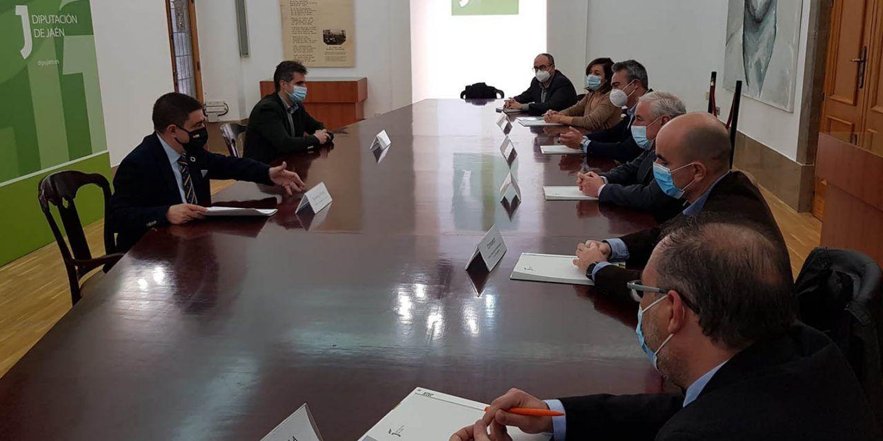 Diputación entrega 30.000 euros a CETEMET en una ayuda para la investigación