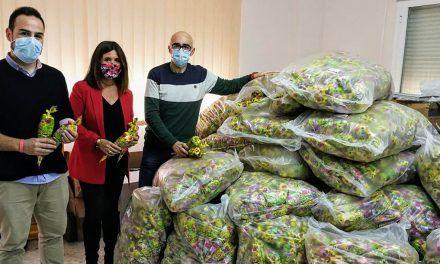2.000 kilos de caramelos y 5.250 bolsas de golosinas para endulzar la Navidad a los pequeños y las pequeñas linarenses