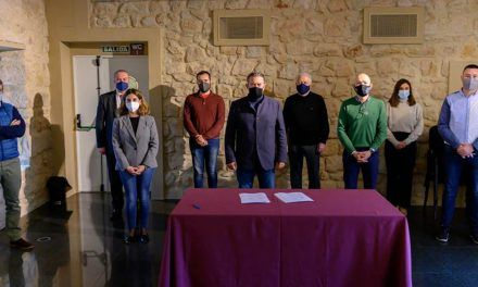 Agentes políticos, sociales y económicos firman el 'Pacto por el futuro de Linares'