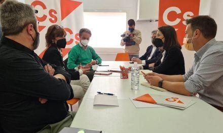 Ciudadanos se reúne con hosteleros de la provincia de Jaén para conocer sus demandas y darles a conocer las ayudas de 3.000 euros, que ya se pueden solicitar
