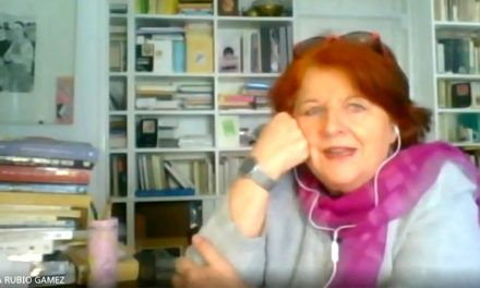 La escritora Fanny Rubio reflexiona sobre las Humanidades y los referentes femeninos en 'Mujeres 10' de UniRadio Jaén